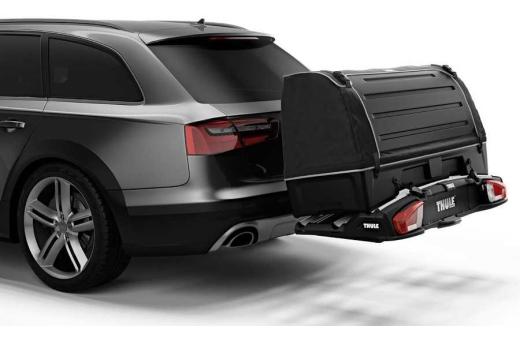 Kombinera med Thule BackSpace XT för att få en allsidig lasthållare som ger bilen 300 l lättåtkomligt extra lastutrymme