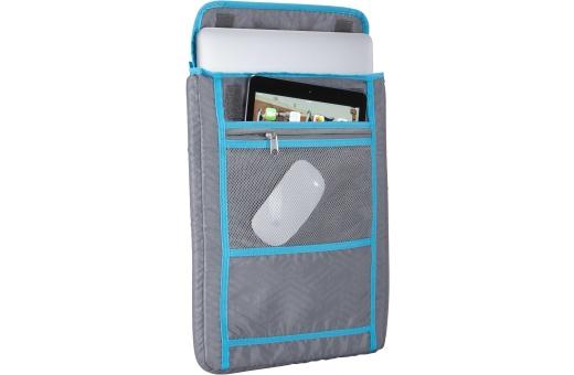 Det vadderade, löstagbara facket för en 15-tums bärbar dator med extra ficka för en platta är placerat ovanpå väskan i stället för mot ryggen, så att väskan blir ännu mer bekväm att använda.